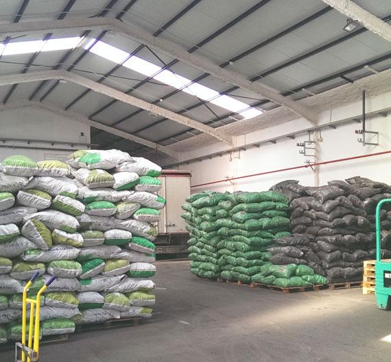 Instalaciones venta y distribución de carbón y leña en Madrid