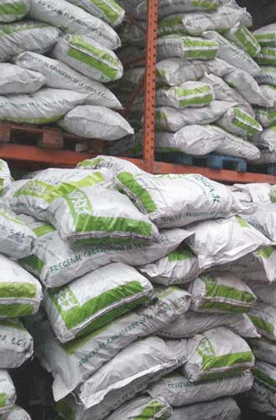 Venta y distribución de carbón vegetal y leña en Madrid